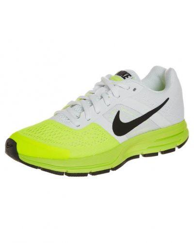 Nike Performance Air pegasus +30 löparskor. Traningsskor håller hög kvalitet.