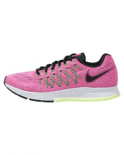 Till mamma från Nike Performance, en löparsko.