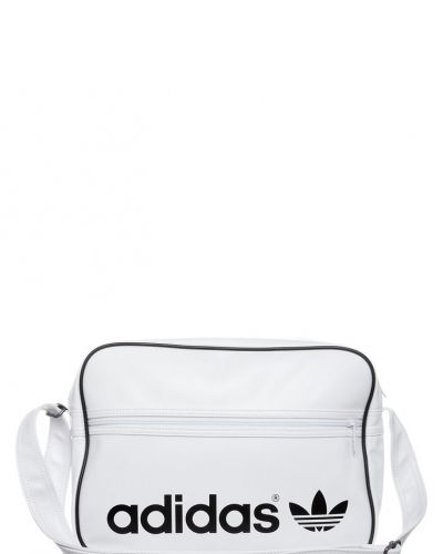 Axelremsväskor Online. Här finns 3674 Väskor || Väskor Online