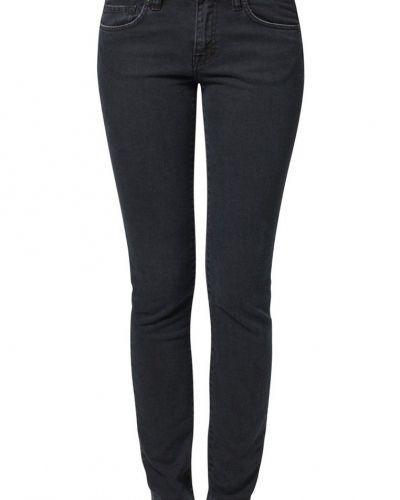 Till dam från Edwin, en svart slim fit jeans.