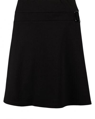 A-linje kjol från Anna Field till kvinna.