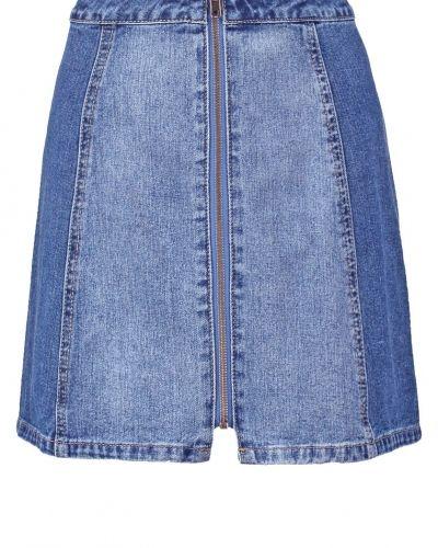 Alinjekjol blue denim Even&Odd jeanskjol till mamma.