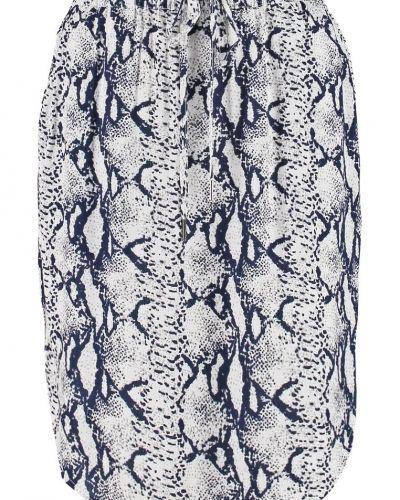 Till mamma från Saint Tropez, en a-linje kjol.