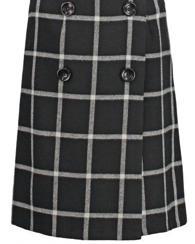 A-linje kjol från Wallis till mamma.