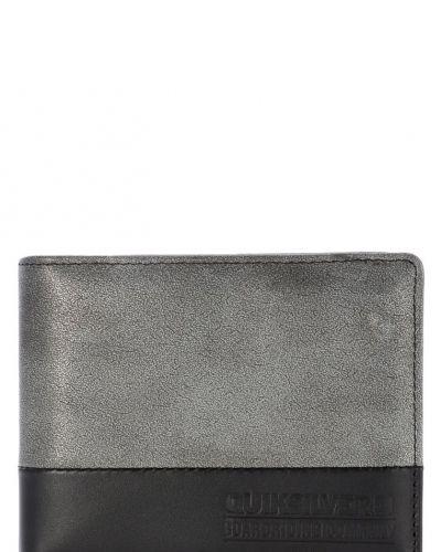 Quiksilver All time plånbok. Väskorna håller hög kvalitet.