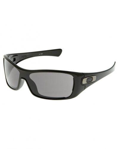 Oakley Antix Sportglasögon Svart från Oakley, Sportsolglasögon