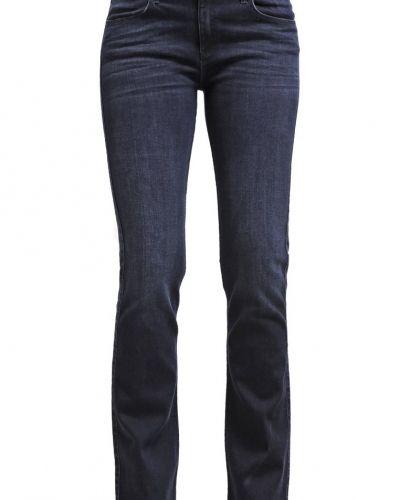 Bootcut jeans från Wrangler till tjejer.