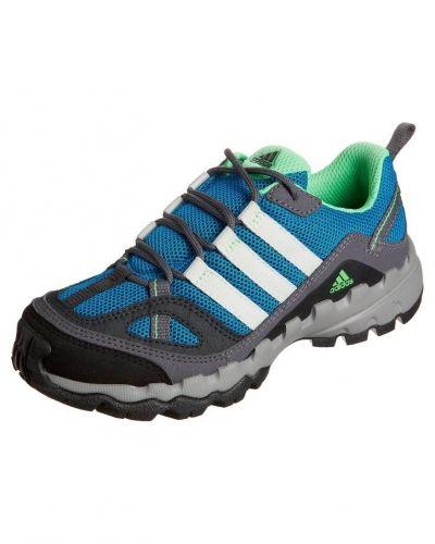 Ax 1 hikingskor från adidas Performance, Vandringsskor