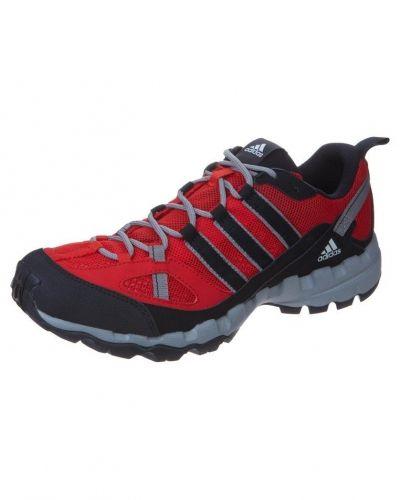 adidas Performance AX 1 Promenadskor Rött från adidas Performance, Promenadskor