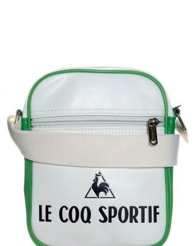le coq sportif Axelremsväska Vitt från Le Coq Sportif, Axelremsväskor