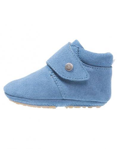 Lära-gå-sko från bellybutton till dam.