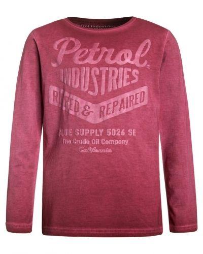 Till mamma från Petrol Industries, en långärmad tröja.