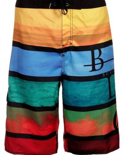 Billabong Blox baggy surfshorts. Vattensport håller hög kvalitet.