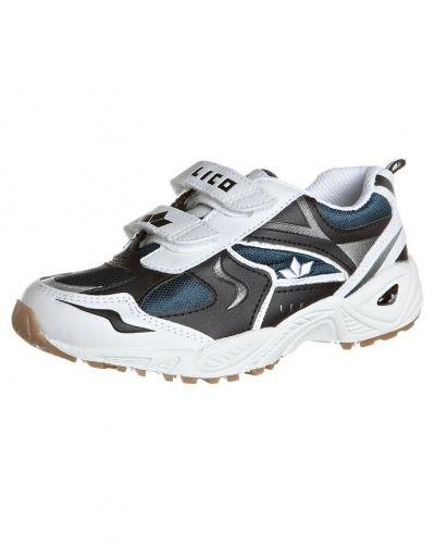 Vit sneakers från Lico till kille.