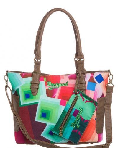 Desigual Bolsoporti romboide shoppingväska. Väskorna håller hög kvalitet.