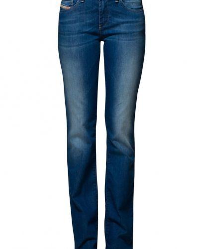 Blå bootcut jeans från Diesel till tjejer.