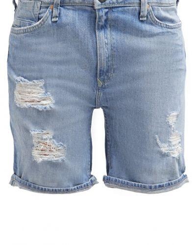Boyfriend jeans från Lee till tjej.