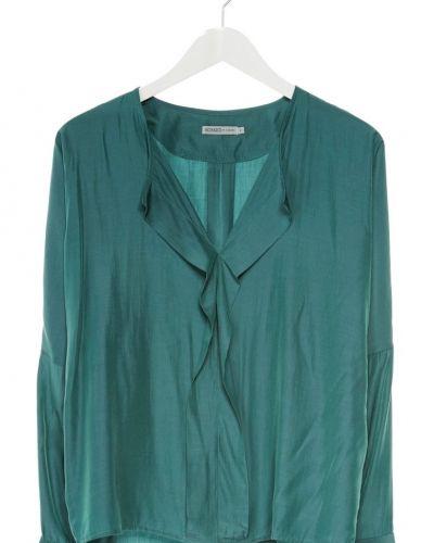 Till dam från Soaked in Luxury, en grön tunika.