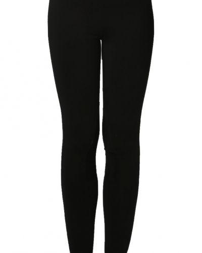 Till dam från Polo Ralph Lauren, en svart leggings.