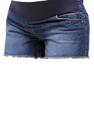 Till tjejer från New Look, en jeansshorts.
