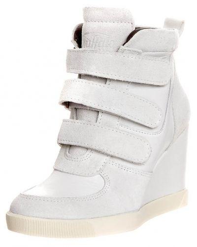 286f7cade71 Buffalo Buffalo Stövletter med kilklack · Buffalo Buffalo Höga sneakers