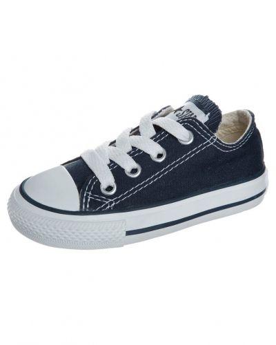 Converse sneakers till barn.
