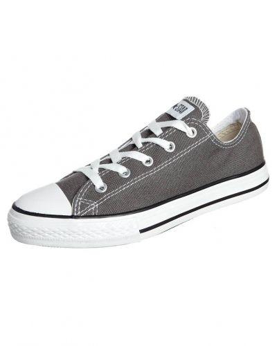 Sneakers från Converse till barn.