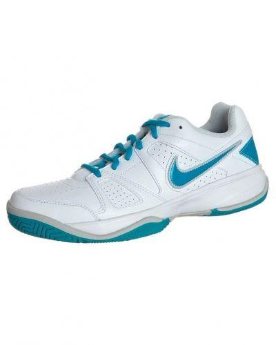 Nike Performance City court vii universalskor. Traning håller hög kvalitet.