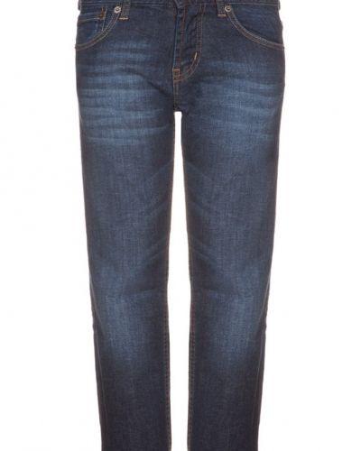 Classic 504 regular jeans straight leg Levi's® jeans till kille.