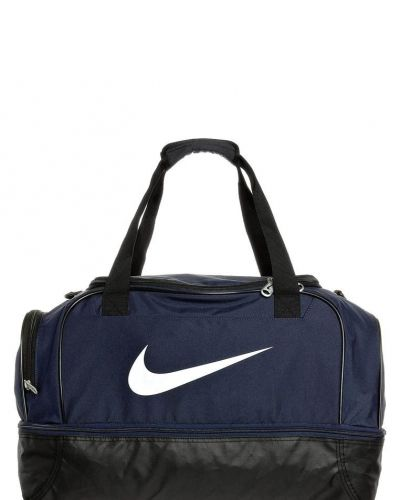 Nike Performance Club team large hardcase all purpose träningsväskor. Sportvaskor håller hög kvalitet.