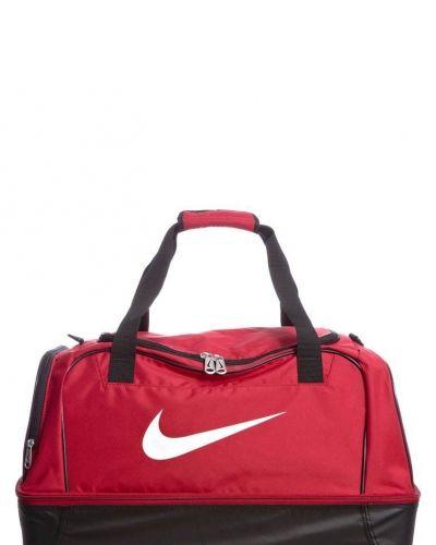Nike Performance Club team large hardcase sportväska. Sportvaskor håller hög kvalitet.