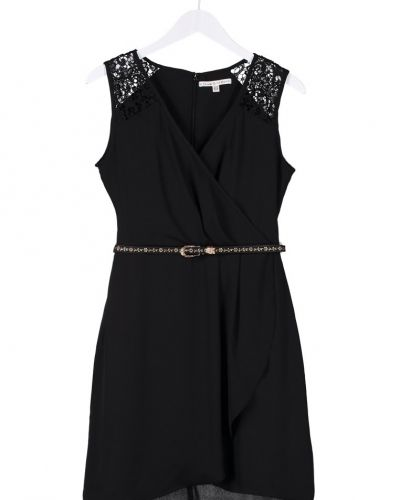 bdd026a6f468 Uttam boutique Uttam Boutique Cocktailklänning svart · Whyred Augustaine  sommarklänning black