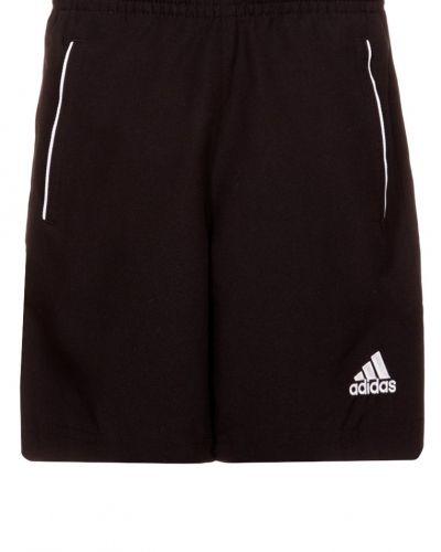 adidas Performance Core11 shorts. Traningsbyxor håller hög kvalitet.
