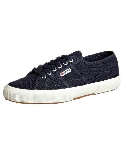 Sneakers Cotu classic från Superga