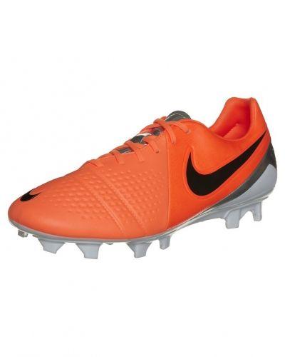 Nike Performance Ctr360 trequartista iii fg fotbollsskor. Traningsskor håller hög kvalitet.