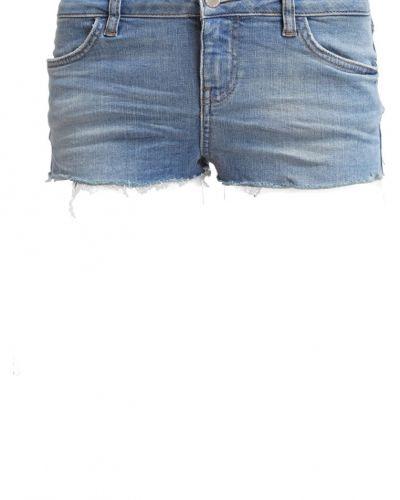 Daisy jeansshorts lightblue denim Topshop jeansshorts till tjejer.