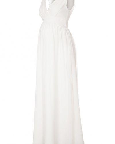 Till tjejer från bellybutton, en vit studentklänning.