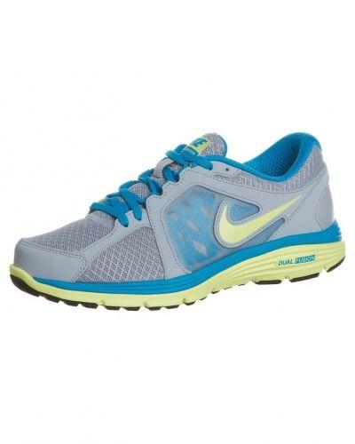 Nike Performance Nike Performance DUAL FUSION RUN Löparskor dämpning Grått. Traningsskor håller hög kvalitet.
