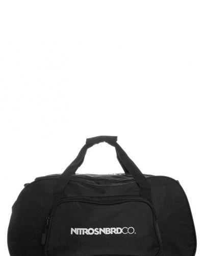 Nitro Duffle bag ´12 sportbags. Resvaskor håller hög kvalitet.