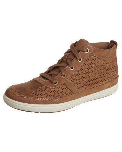 Till dam från Timberland, en brun höga sneakers.