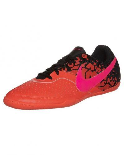 Nike Performance Elastico ii fotbollsskor. Traningsskor håller hög kvalitet.