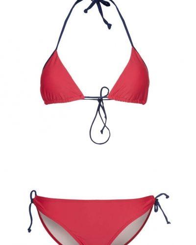 Röd bikini från Strand till tjejer.