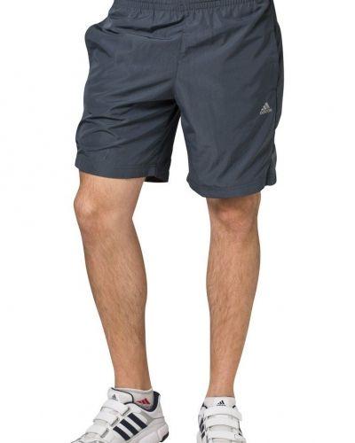 Ess f short shorts från adidas Performance, Träningsshorts