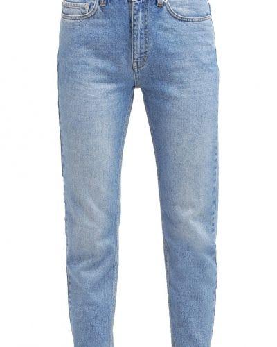 Jeans från Wood Wood till dam.
