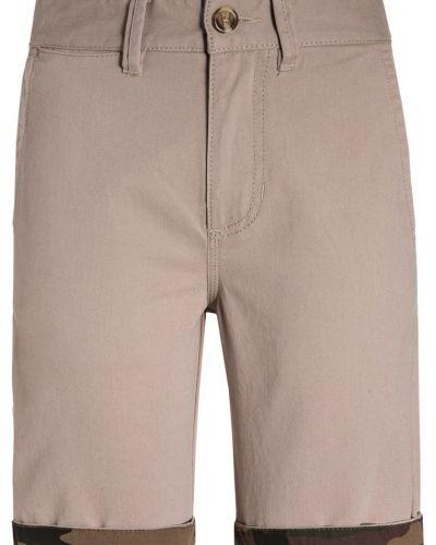 Till dam från Vans, en shorts.