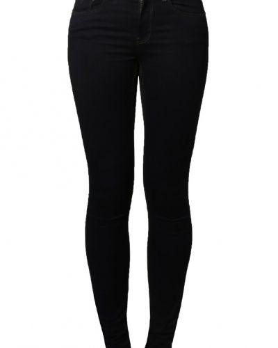 Slim fit jeans från Noisy May till dam.