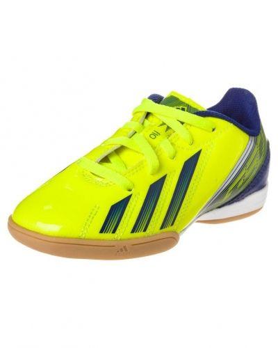 adidas Performance F10 IN Fotbollsskor inomhusskor Gult från adidas Performance, Inomhusskor
