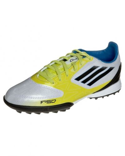 adidas Performance F10 trx tf fotbollsskor universaldobbar. Fotbollsskorna håller hög kvalitet.