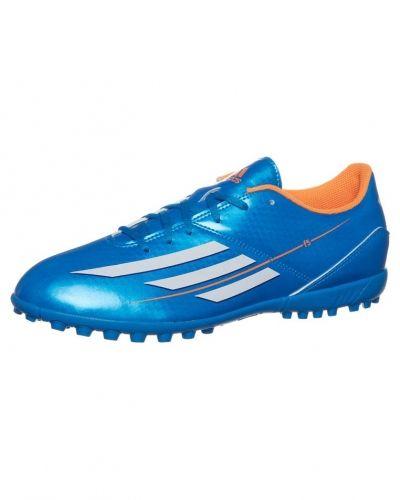 adidas Performance F5 trx tf fotbollsskor. Fotbollsskorna håller hög kvalitet.