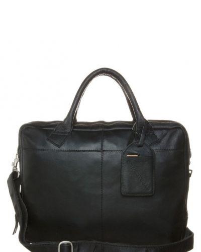 Cowboysbag Fairbanks portfölj / datorväska. Väskorna håller hög kvalitet.